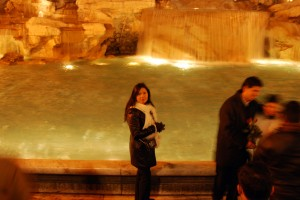 RomeTrevi Fountain (4)